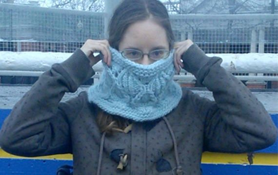 Digital Download Purchase of the Snowdrop Lace Cowl PDF pattern.