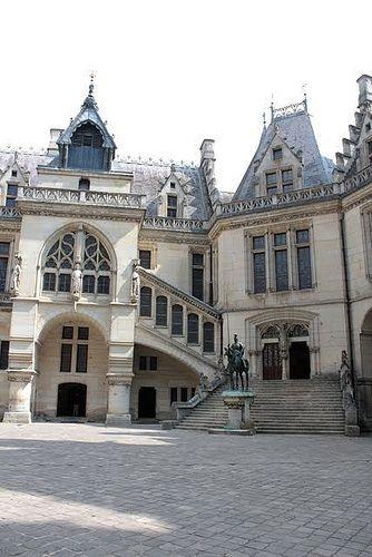 Chateau de Pierrefonds, Picardie, Hauts-de-France, France.