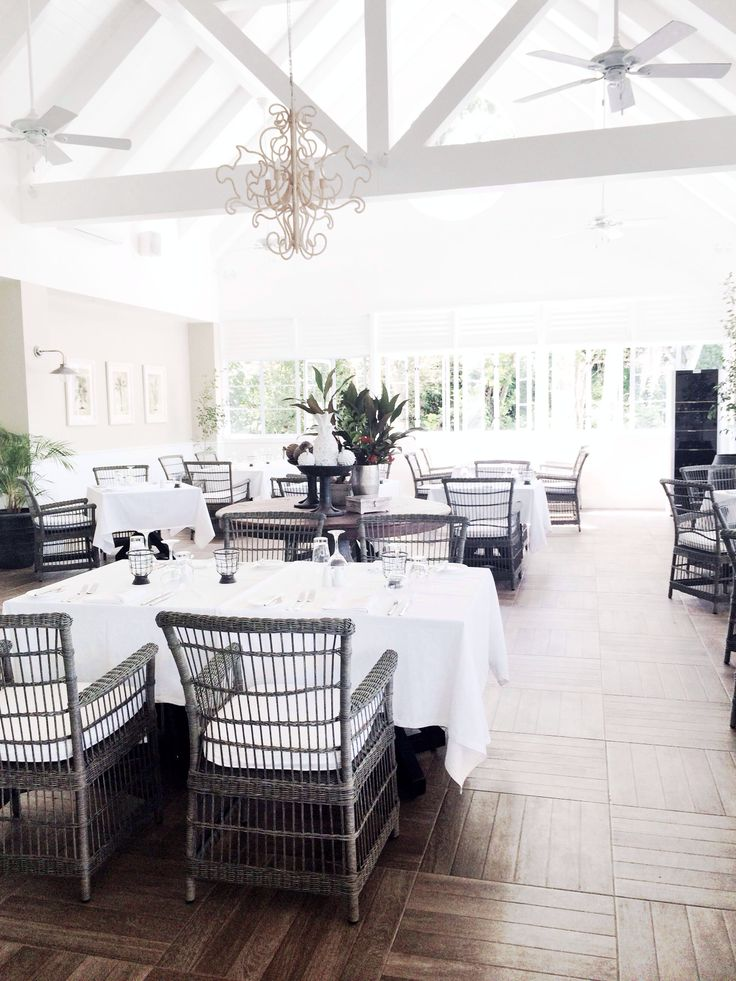 Stunning dining room @ Malolo Island Resort