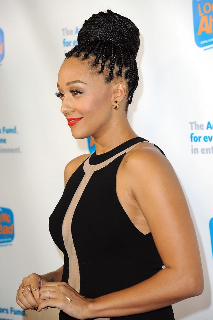 Black Braided Bun Hairstyles Best 25 Box Braids Bun Ideas On Pinterest Box Braids Styling