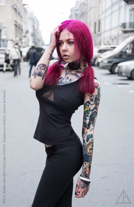 """Our sensual summer novelty - top """"Krist"""". Classic black is always sexy, but in combination with inserts of translucent mesh, especially... Be yourself, live to the fullest✌🏼 this 2 800₽  Model: @anna_batman_suicide  Store opening in St. Petersburg this summer. And while the FCA from 1-ya Sovetskaya 4 from 12:00 to 22:00 Courier delivery in Moscow and St. Petersburg. Mail delivery to the regions.  #fb42 #fb #fbutik #cool #black #blvckfashion #blvck #brass #new #etno #madmax #style…"""