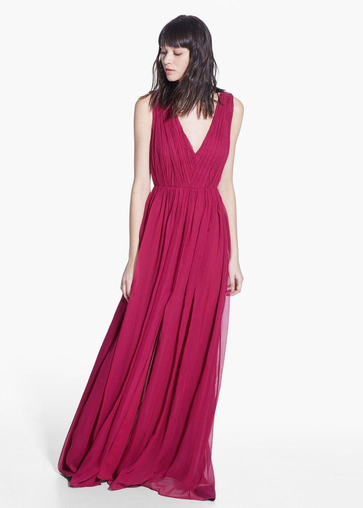 Gerafftes Kleid mit Zierausschnitt