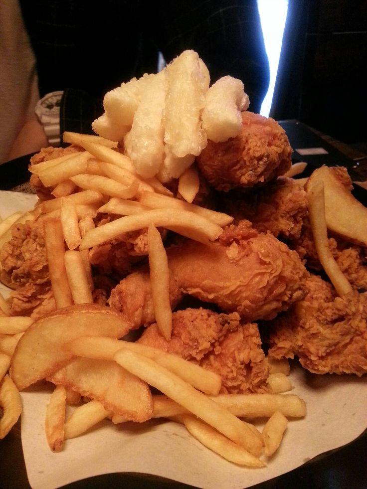 아웃닭, 서울시 마포구 서교동에 위치한 핫한 치킨, 호프, 펍 맛집의 사진 213305