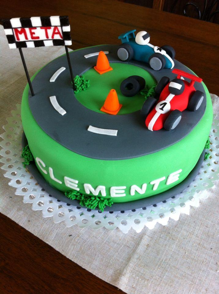 Torta autos de carrera #torta #autos #carrera #crema #manjar #formula1