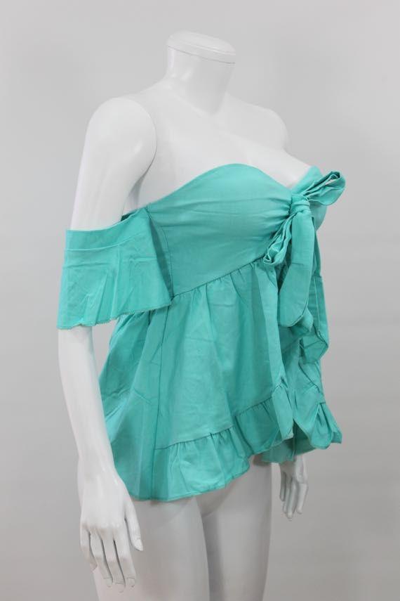 Blusa en algodón semi-licrado  con moño decorativo,  hombros caidos, manga corta, cintura tipo campana - http://tuvestier.com/producto/blusa-americana-ref-004/