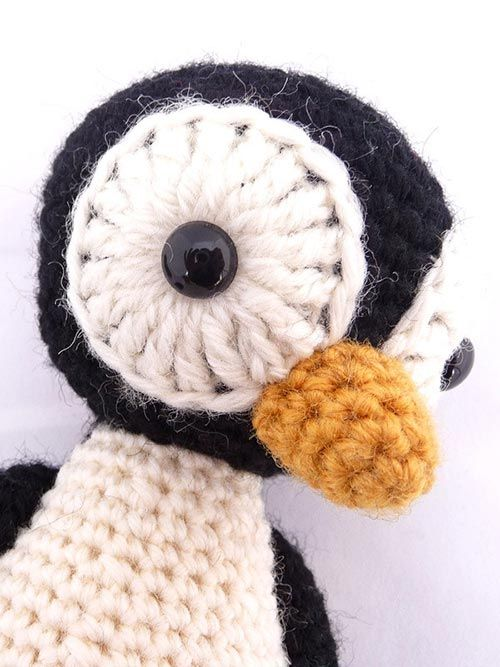 Happy Penguin Amigurumi Pattern (FREE) - http://pinterest.com/Amigurumipins