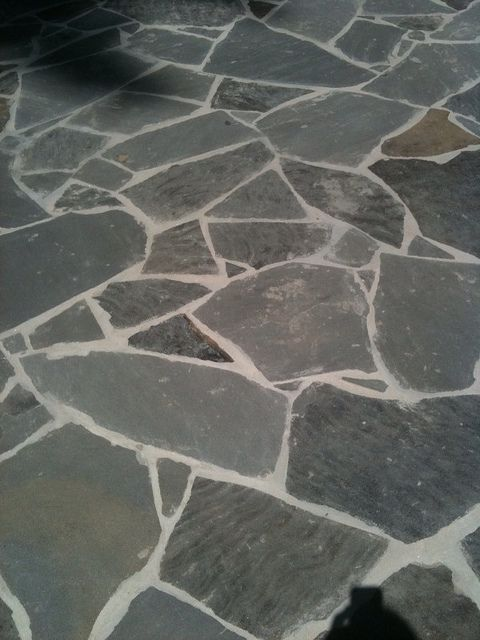 Crab-Orchard-Gray-Flagstone-Patio by ARNOLD Masonry and Landscape, via Flickr