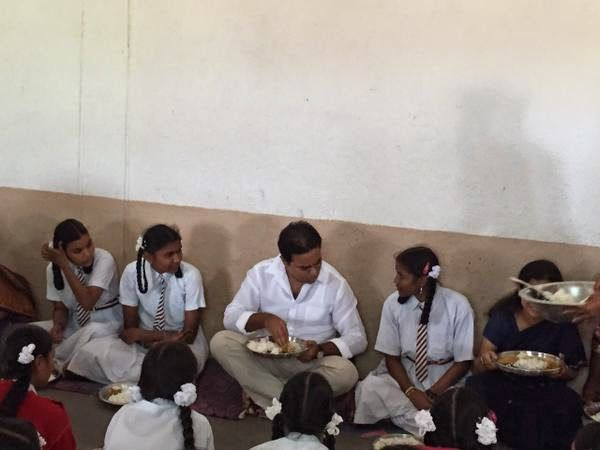 IT & Panchayat Raj Minister KT Rama Rao having mid-day meal with students of residential school, Nerella.