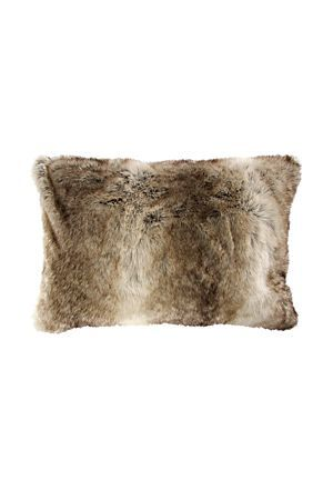 "This sumptuously soft and exotically plush faux fur scatter is the perfect accessory to create an elegant feel in your home. Add some warmth and texture to your decor with this beautiful scatter.<div class=""pdpDescContent""><BR /><b class=""pdpDesc"">Dimensions:</b><BR />L60xW40 cm<BR /><BR /><b class=""pdpDesc"">Fabric Content:</b><BR />100% Polyester<BR /><BR /><b class=""pdpDesc"">Wash Care:</b><BR>Lukewarm machine wash</div>"