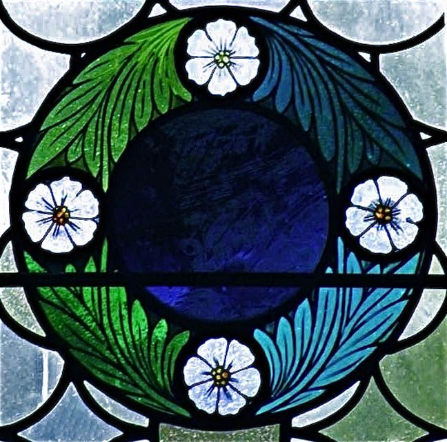 Stained glass leaf and flower circular border