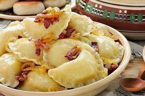 Рецепт вкусных вареников с картошкой и грибами. Очень простой, не сложный и быстрый способ накормить всю семью. Простота в приготовле...