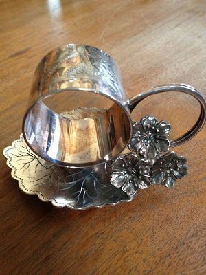 Toronto Silver Plate Co. Leaf Figural Victorian Napkin Ring