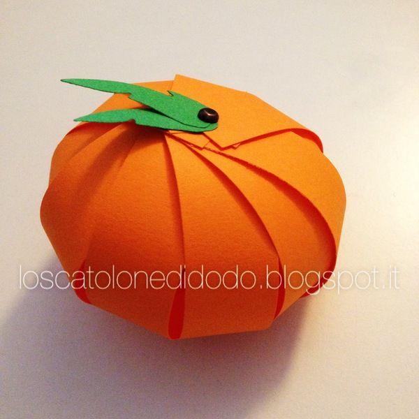 Creare una zucca di Halloween di carta