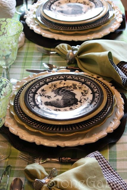 Oh wow...I think I am in love with this pattern!!!!! StoneGable: A Little French Rooster Tablescape