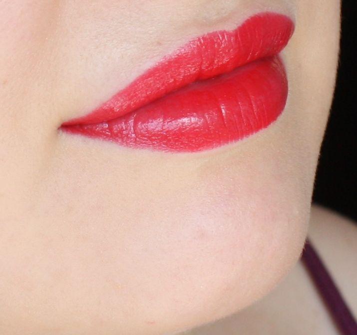 Красная помада-карандаш Lumene и красивые тени Pupa – макияж и отзыв. | Elia Chaba