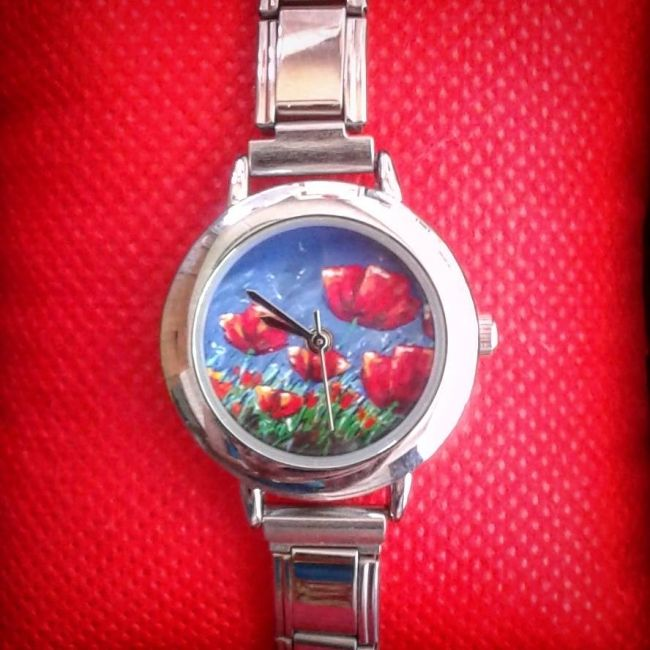 Enter to win: Summer Poppies Watch by Ira Mitchell-Kirk | http://www.dango.co.nz/pinterestRedirect.php?u=GzMQbSRW4246