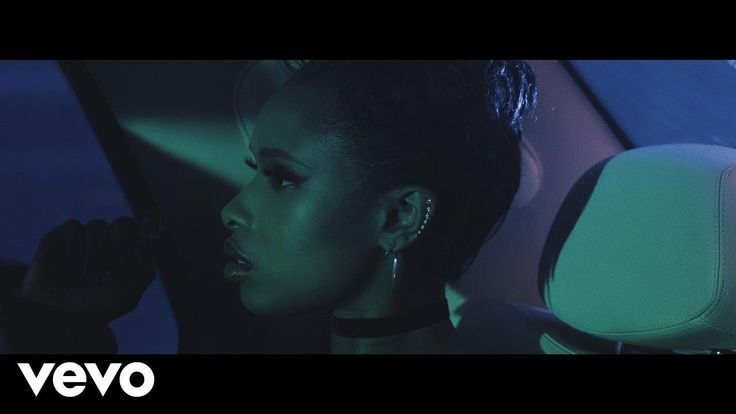 Jennifer Hudson - Remember Me, What an amazing song, video & artist. This will be a huge hit that we'll be supporting. Hope to see some sort of Dance/Club Mixes of this song too. www.StarfleetMusicPool.com