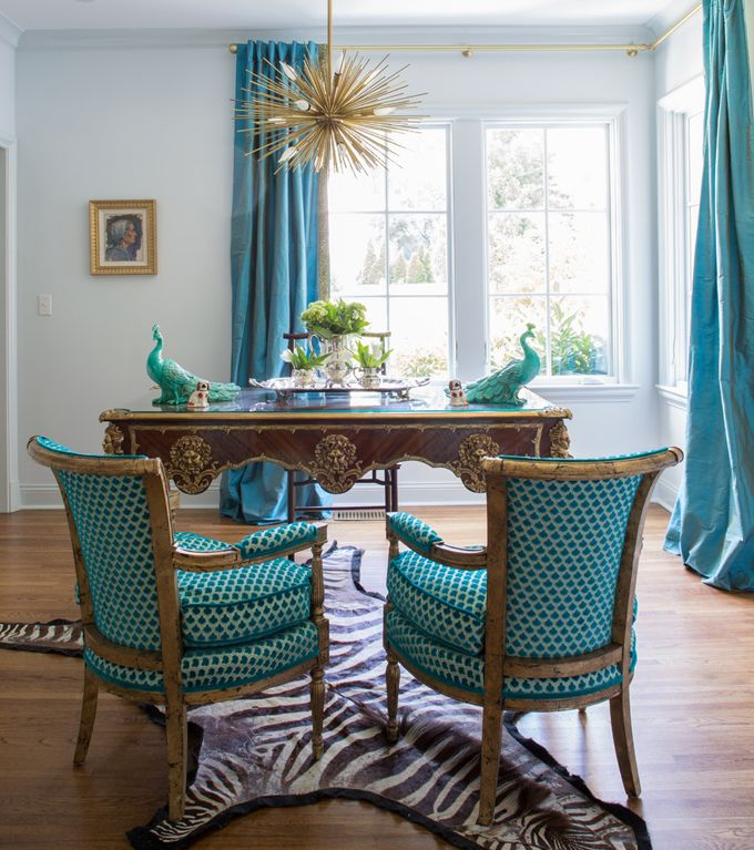 House of Turquoise: Jenna Wallis Interior Design |  Interior designer Jenna Wallis worked with architect Charles Shipp and contracting firm RKA Investments to turn it into a modern-day charmer.