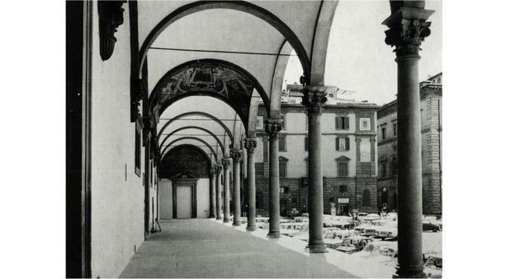IT, Florence, Ospedale Degli Innocenti (Foundling Hospital). Architect Filippo Brunelleschi, 1444.
