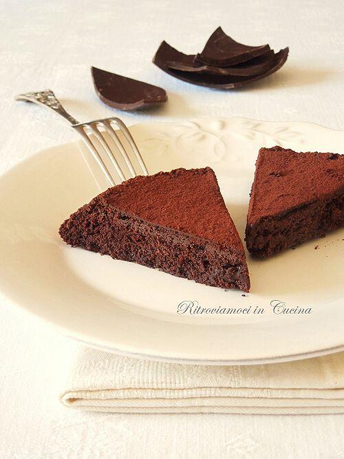 Ritroviamoci in Cucina: Torta Tartufo (calda o fredda?). Lattesa.