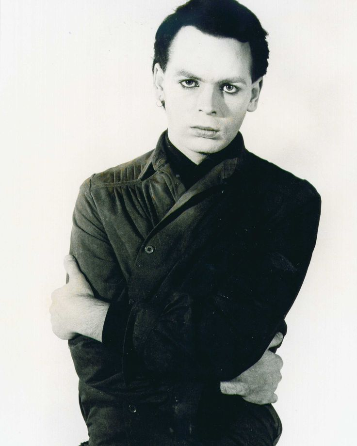 GARY NUMAN - While his newer stuff scares me (love the music but the lyrics, not so much), I turn to this artist any time I feel dark and brooding. Was a HUGE fan in the mid-late 90's.