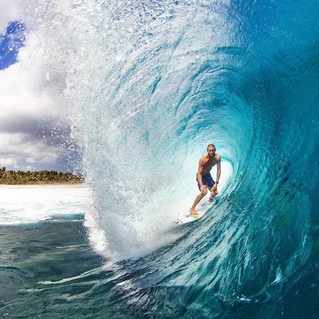 Best Billabong Pipe Masters Images On Pinterest - 16 epic surfing photos