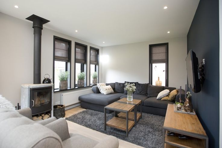 25 beste idee n over huis exterieur kleuren op pinterest huis buitenkant design buitenkant - Moderne buitenkant indeling ...
