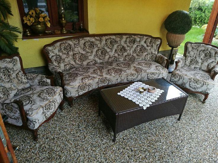 Aj takto môže vyzerať miesto na relaxáciu u teba doma.Na podlahe je použitý riečny okrúhliak frakcie 4-8mm.  #art4you #art4youpodlahy #kamennykoberec #kamenny #koberec #podlaha #podlahy #liatepodlahy