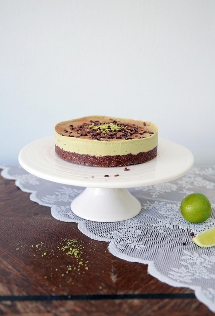 Lime-suklaa-kakku (raaka, maidoton, gluteeniton, sokeriton)