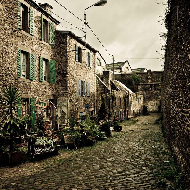 Rue de St Malo, plus vieille rue de Brest, France