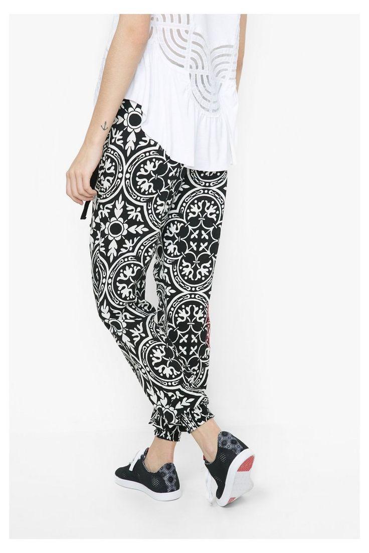 http://www.catbibi.com/fr/desigual/15828-pantalon-brigitte.html#primary_block