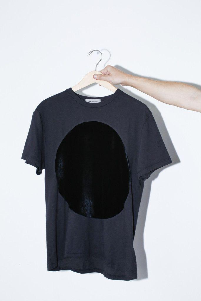 Velvet Circle T-shirt - Black