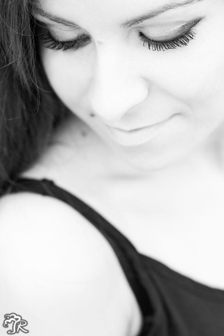 Close Portrait - Eyes  www.RizArte.com