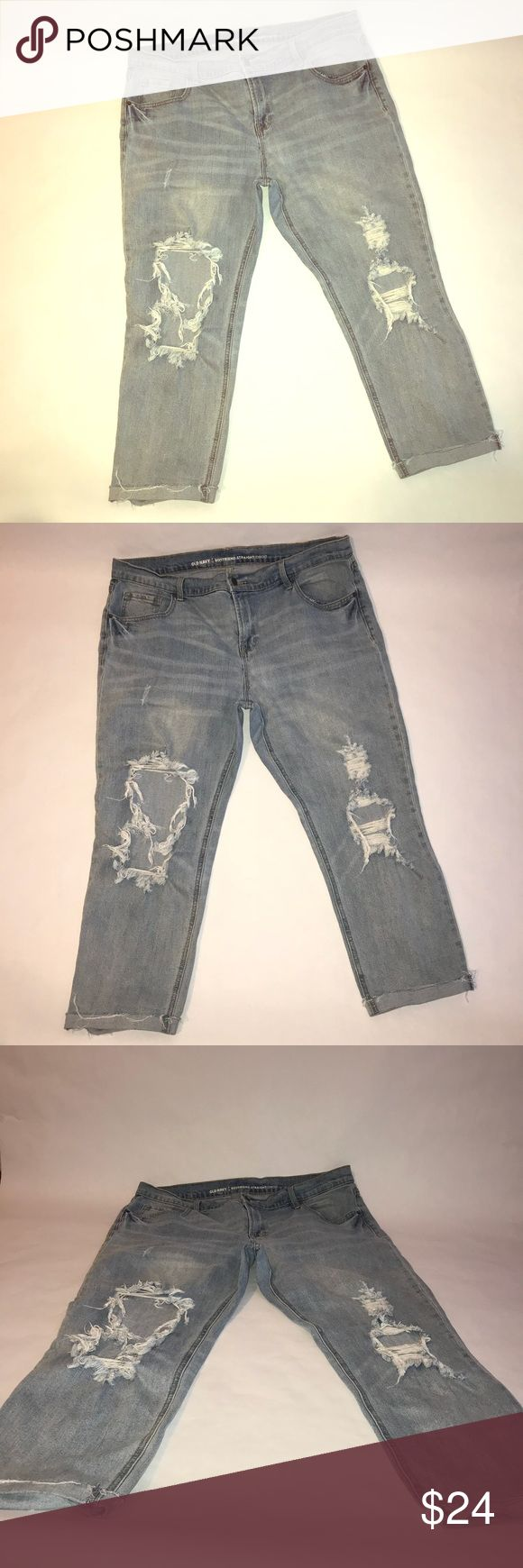 Women's old navy denim jeans size 16 Like new women's size 16 regular Old Navy jeans. These jeans have that rugged torn look on the front print legs. That's exactly the way that old navy manufactured them. They are in excellent condition and have plenty of life left. The measurements are shown in the photos. Inseam as well as waist has been measured. The bottoms are stitched up to show the cuff and frayed to be consistent with the worn , rugged , torn fashion look. Old Navy Jeans Straight…