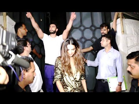 WATCH Deepika Padukone with BF Ranveer Singh at Jitesh Pillai's Birthday Party 2016. See the full video at : https://youtu.be/8t_Wgrj_PSQ #deepikapadukone #ranveersingh