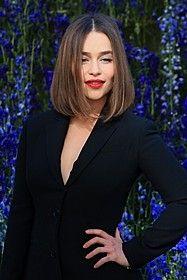 エミリア・クラーク、米エスクァイア誌が選ぶ「最もセクシーな女性」に : 映画ニュース - 映画.com