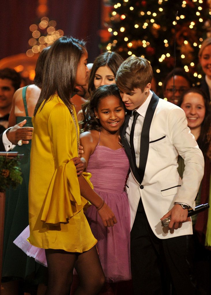 Malia and Sasha were so excited when they got to meet Justin Bieber in 2011