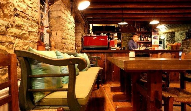 Enjoy endless walks in the beauties of #Zagoria and if you are into extreme sports contact address! #PapaevangelouHotel maintains partnerships with companies providing and organizing activities. Alternatively enjoy moments of #relaxation in the bar of the hotel, which remains open until late at night and in the morning it serves you with delicacies of the earth of #Epirus and traditional delicacies of the place of Zagoria! #travel #traveling #wanderlust #landscape #view #winter #holidays