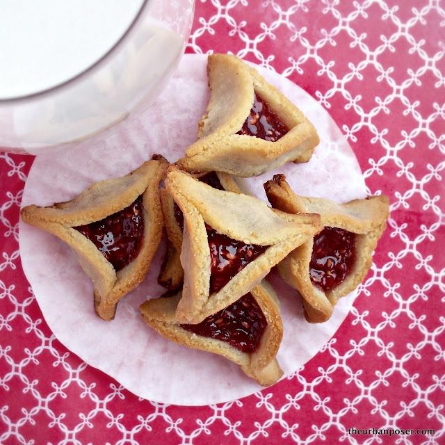 The Urban Poser:: Raspberry Hamantaschen (Grain & Dairy Free, GAPS, Paleo): Raspberries Cookies, Raspberries Hamantaschen, Urban Poser, Dairy Free, Coconut Oil, Hamantaschen Grains, Grains Free, Gluten Free, Almond Cookies