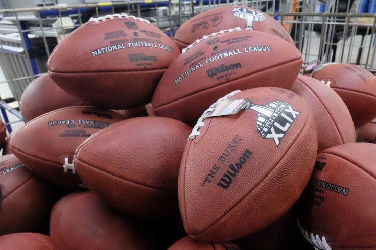 Watch 'SNL' skewer Bill Belichick, Tom Brady over DeflateGate