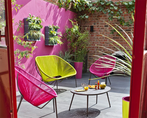 Mur coloré jardin