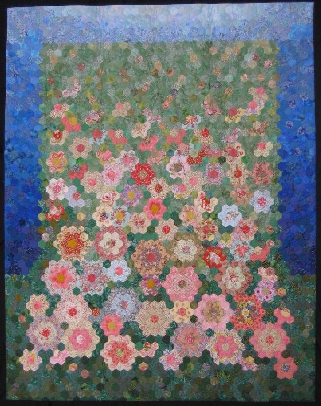 Queensland Quilters - Lorraine Carthew 'My Mothers Garden'