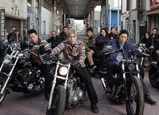 映画ニュース「登坂広臣&窪田正孝が背中を預けあう…「HiGH&LOW」場面写真7点披露!」のフォトギャラリーその3を表示しています。