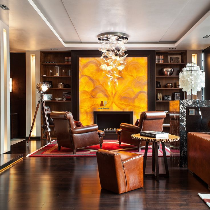 Дизайн интерьера в стиле американского ар деко с янтарным ониксом, кожей и экзотическим деревом