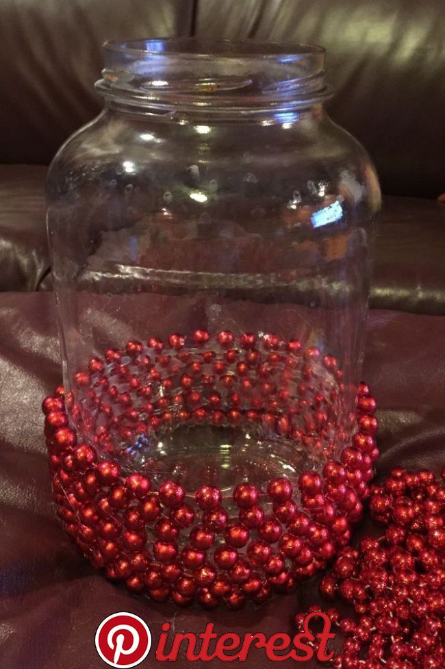 Beaded Christmas Jar This Is So Simple Diy Diyholidaydecor Christmasdecor Christmas Vases Easy Christmas Diy Christmas Jars