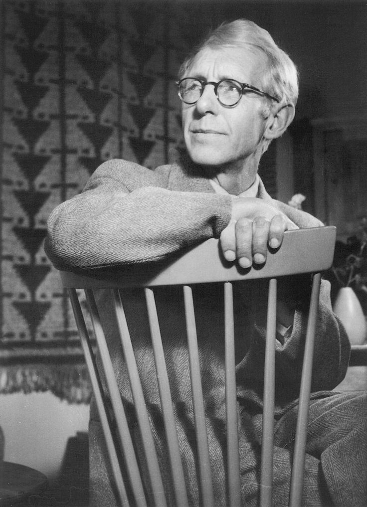 Carl Malmsten - med sin Lilla Aland stol