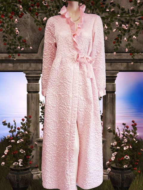 18 best VINTAGE DRESSING GOWNS & ROBES images on Pinterest | Robe ...