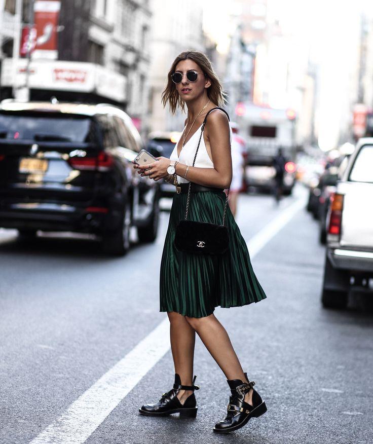 Streetstyle New York fashion week 2016! Wearing Chanel velvet bag & Balenciaga Boots