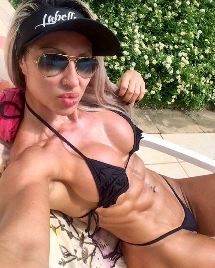 Nude girls ripped abs