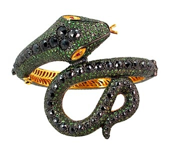 Gemco International Presents Beautiful Breathtaking Collection Of Vintage And Victorian Jewelry At Reasonable Cost.